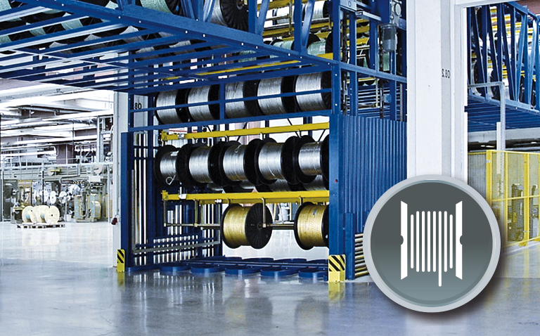 Safe cable reel intralogistics